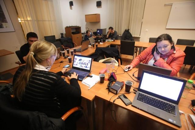 Dziennikarze czekają na wynik rozmów w Katowicach