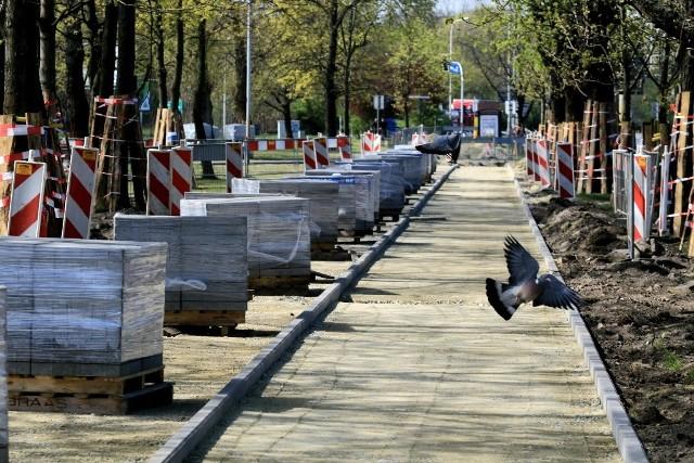Budowa nowej drogi rowerowej wzdłuż alei Karkonoskiej we Wrocławiu
