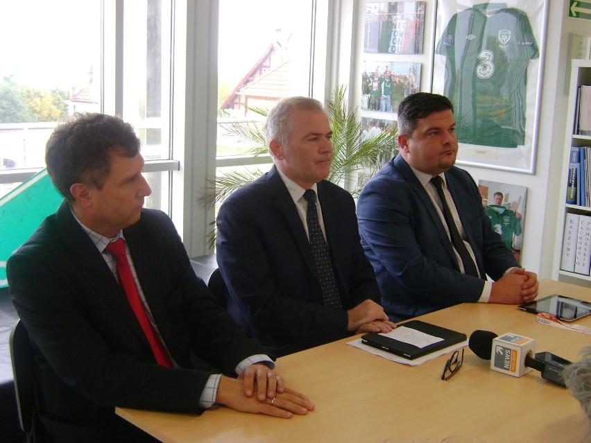 Spotkanie w sprawie utworzenia województwa środkowopomorskiego: Jacek Karnowski, Sławomir Rybicki i Paweł Orłowski