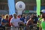 Lubię pomagać – uśmiechnięci maratończycy w akcji PKO Bank Polski
