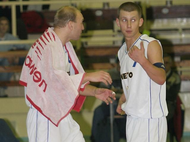 Piotra Nizioła (z lewej) i Marka Łukomskiego na pewno ucieszyła informacja o podpisaniu umowy między miastem a klubem.