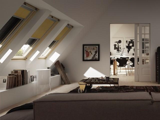 Rolety zewnętrzne w oknach dachowychRolety zewnętrzne, markizy, rolety wewnętrzne to elementy obowiązkowe w każdym  domu, które pomagają nam przede wszystkim w dawkowaniu słońca latem.