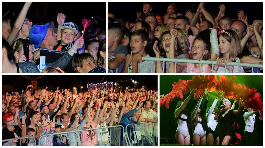 Tłumy mieszkańców Pakości i okolic bawiło się w trakcie...
