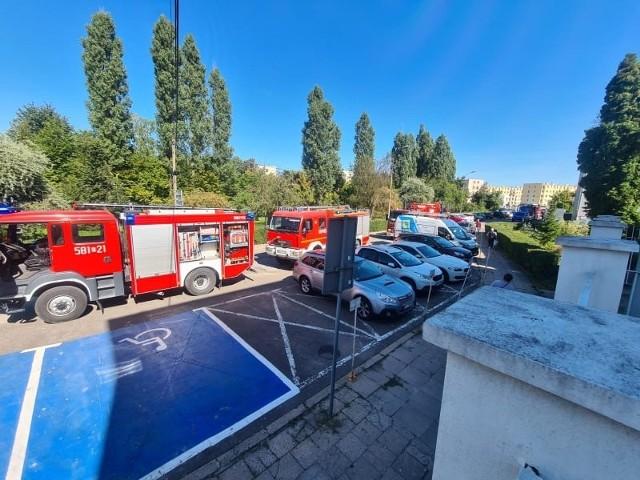 Pożar serwerowni w szpitalu w Zgierzu. Ewakuowanych zostało 20 pacjentów i 14 pracowników szpitala! CZYTAJ DALEJ >>>.