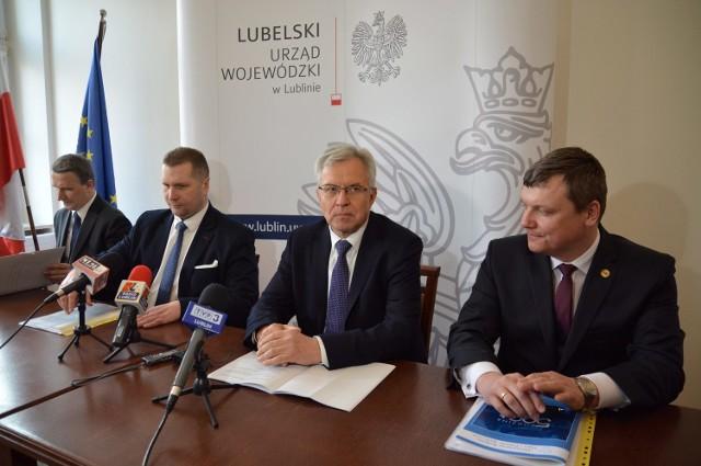 Wiceminister Michałkiewicz wyjaśniał założenia programu.