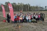 300 nowych drzewek w Polskiej Nowej Wsi posadzili wolontariusze firmy Zott i organizacji Plant for the Planet razem z dziećmi z Opola