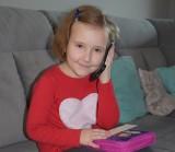 Mała bohaterka! Siedmioletnia Misia wezwała ratowników do mamy, która zemdlała w domu