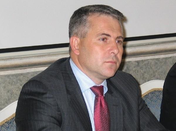 - Myślę, że uda się uratować Wojskowe Zakłady Remontowo Budowlane w Jarosławiu a ludzie w nich zatrudnieni nie stracą pracy – mówi poseł Piotr Tomański.