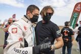 Konrad Dąbrowski nie tylko spełnił marzenie na Rajdzie Dakar, ale też stanął na podium