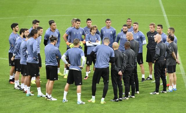 W szlagierowym meczu wtorkowej kolejki Ligi Mistrzów Borussia Dortmund podejmować będzie Real Madryt.