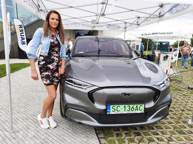 Samochody elektryczne na Elektro Moto Show w Dobrodzieniu