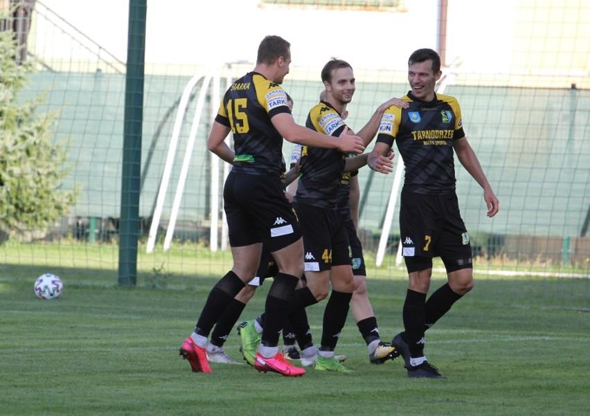 W sobotę 19 września swój mecz w trzeciej lidze zagra z rezerwami Cracovii Siarka Tarnobrzeg. Sprawdź nasz przewidywany skład tarnobrzeżan na to spotkanie!