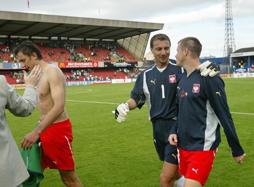 Jerzy Dudek (z lewej) i Jacek Krzynówek staną dziś po przeciwnych stronach barykady.