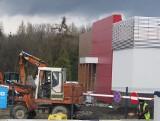 Budują KFC w Wadowicach przy DK52. Pierwsze w całym powiecie. Będzie sensacją jak McDonald's? Otwarcie w tym roku [WIDEO] [29.04.2021]