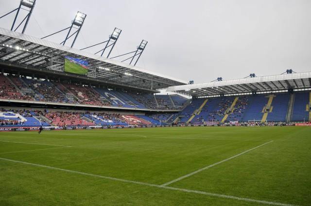 Od rozpoczęcia budowy nowego stadionu w 2004 roku wydano na obiekt 600 mln zł. Planowano niespełna 400 mln.