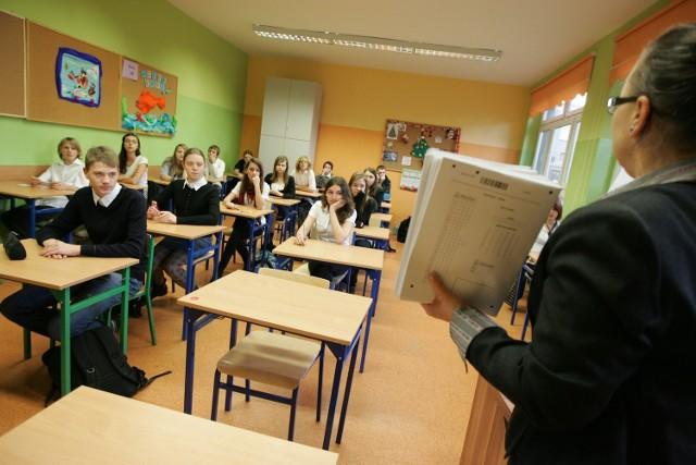 Dziś (w czwartek) kolejne dwa próbne egzaminy dla gimnazjalistów