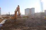 Duży plac budowy przed SCC. Rozpoczęła się budowa biurowca Craft. Będzie miał 13 pięter i 55 metrów wysokości