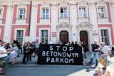 Poznań: Zwrot akcji w sprawie Kolektywu Kąpielisko. Ogród w parku Kasprowicza będzie działał do wiosny