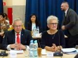 Starosta zduńskowolski Hanna Iwaniuk i zarząd powiatu z absolutorium ZDJĘCIA