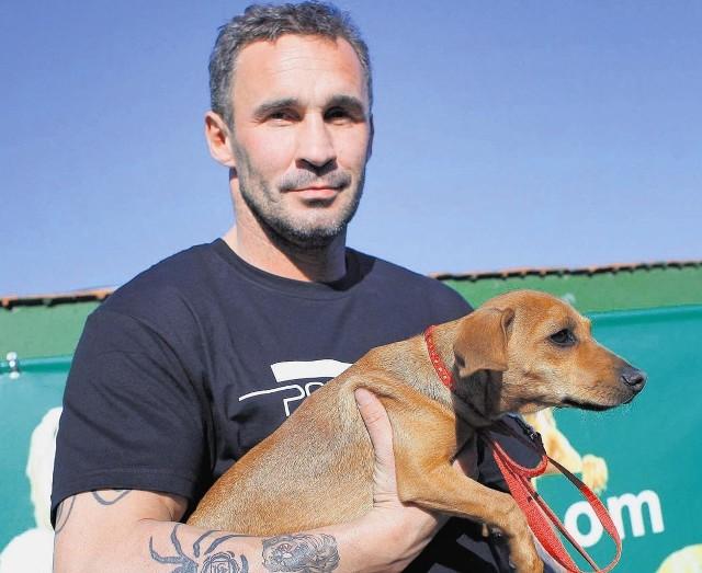 Przemysław Saleta: Każdy pies zasługuje na miłość i warto mu ją dać