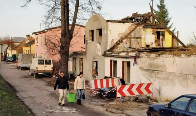 Z dnia na dzień przy Trakcie św. Wojciecha domów jest coraz mniej
