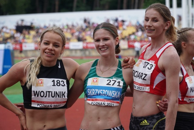 Klaudia Siciarz (z prawej) zajęła drugie miejsce w biegu na 100 m ppł podczas ostatnich mistrzostw Polski. W środku najszybsza Pia Skrzyszowska, która też jedzie do Tokio