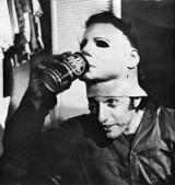 Niesamowite zakulisowe zdjęcia ze słynnych horrorów. Tego nie widziałeś na ekranie! [GALERIA]