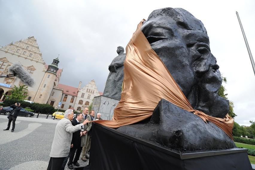 Poznań: Wieniawski stanął obok Mickiewicza [ZDJĘCIA]