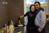 Polka i Hindus prowadzą w Chodzieży własną restaurację. Są z dwóch różnych światów, ale prawdziwa miłość pokona wszystko!