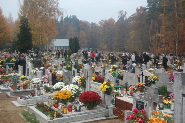 Na zgierskim cmentarzu zatrzymano złodzieja