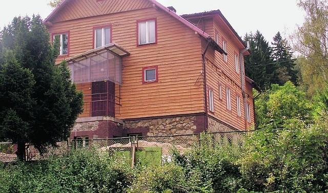Powiatowi udało się sprzedać m.in. byłe schronisko turystyczne koło Lądka-Zdroju