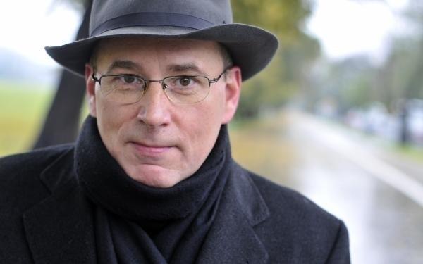 Jan Maria Rokita wycofał się z polityki w 2007 roku, gdy jego żona postanowiła startować do Sejmu z listy PiS