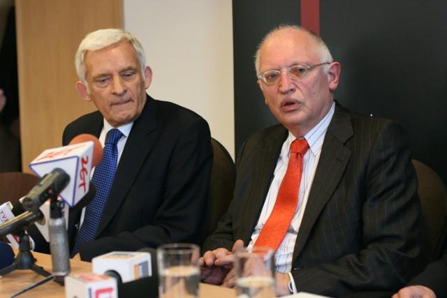 Prof. Jerzy Buzek i komisarz Guenter Verheugen