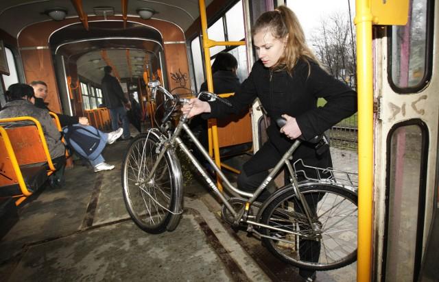 Zakaż przewożenia rowerów w łódzkich tramwajach może zostać zniesiony