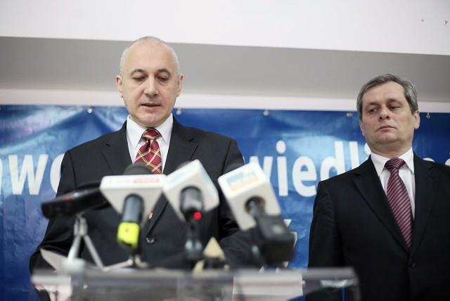 Joachim Brudziński przyjechał w piątek do Łodzi, by przekazać uchwały komitetu politycznego PiS.