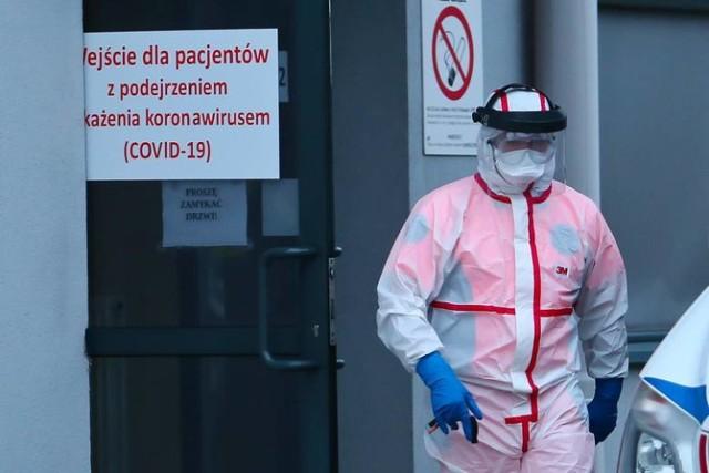 Zarażenie koronawirusem potwierdzono 4 września u nauczyciela ze Szkoły Podstawowej  im. Janusza Kusocińskiego w Jabłonowie Pomorskim