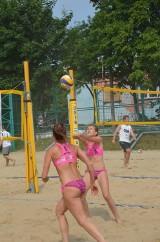 W Grand Prix Wałbrzycha w siatkówce plażowej na boiskach przy ul. Kusocińskiego walczyły 22 duety