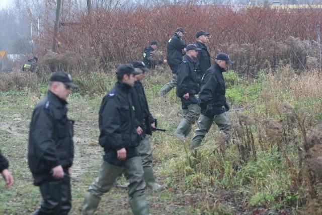 Całą noc policjanci z Pabianic szukali zaginionej 15-latki.