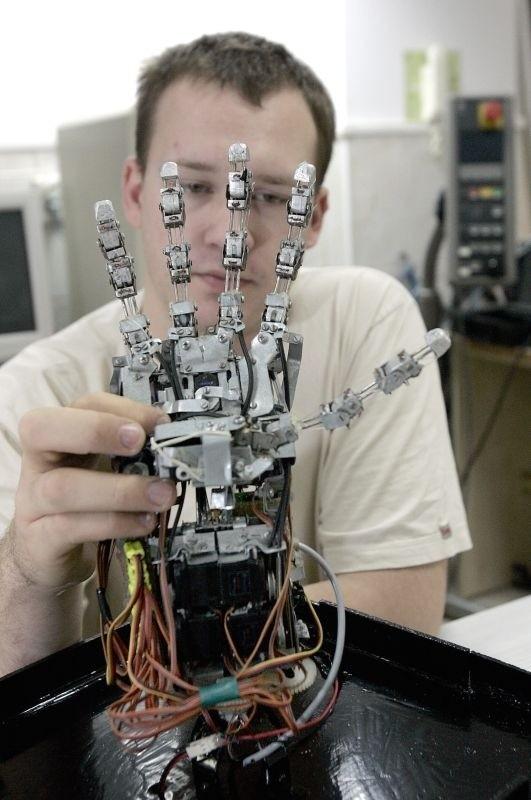 Na stypendium mają szansę studenci m.in. robotyki, mechatroniki, informatyki stosowanej