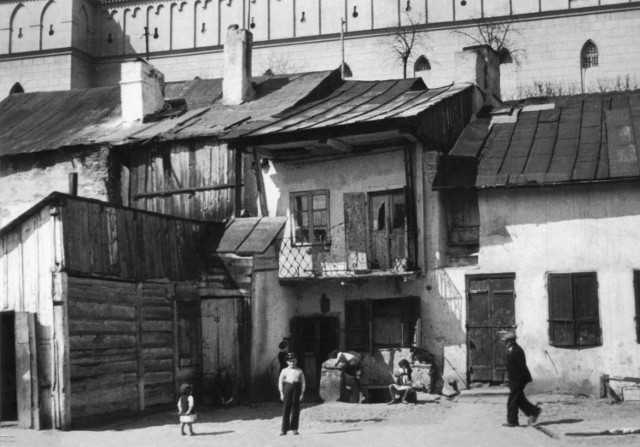 Przed wojną dzielnica żydowska w Lublinie miała ok. 40 tys. mieszkańców. Na zdjęciu dom przy ul. Krawieckiej