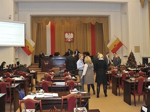 Radni uchwalają budżet Łodzi na 2012 rok.