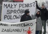 Sosnowiec: Weganie protestowali przeciwko targom łowieckim w Expo Silesia [ZDJĘCIA i WIDEO]
