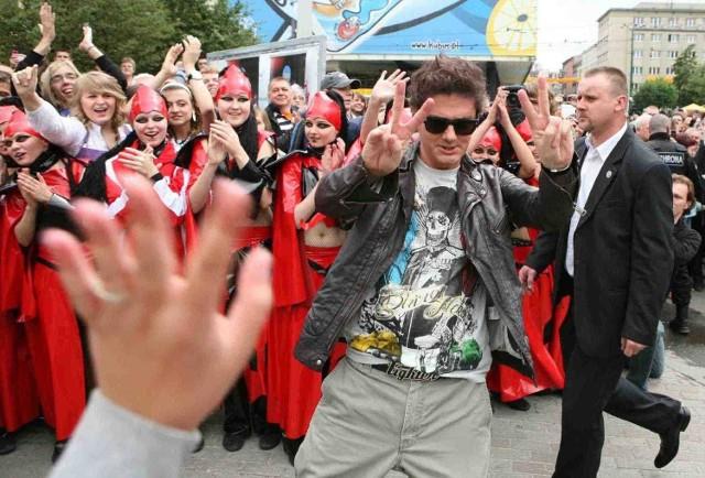 Kuba Wojewódzki był witany przez uczestników jak gwiazda