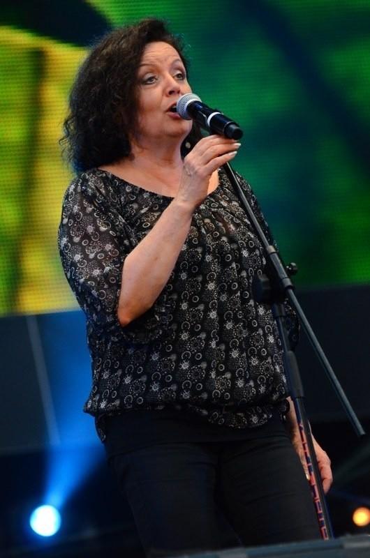 Hanna Banaszak nie grywa koncertów plenerowych, ale dla Poznania i poznaniaków zrobiła wyjątek w Strefie Kibica