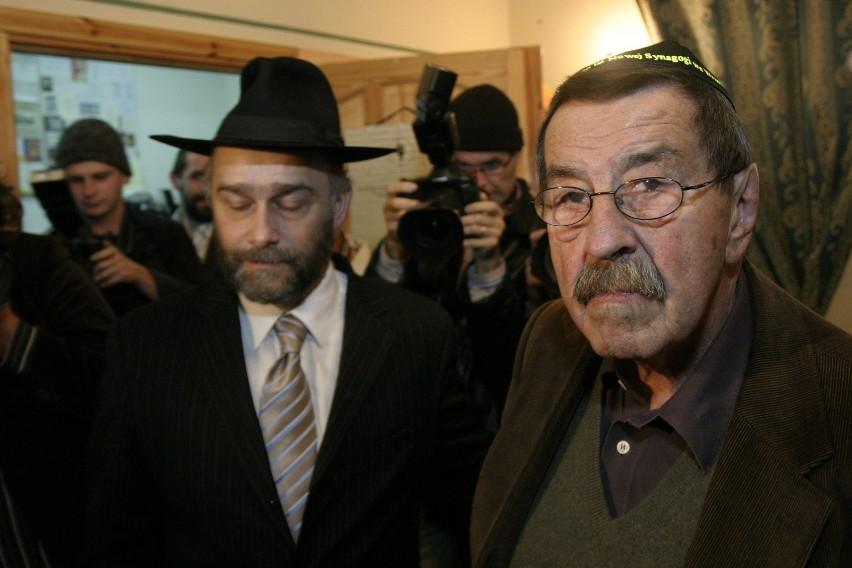 Kiedy Gunter Grass świętował w Gdańsku 80 urodziny, został zaproszony na uroczystą kolację do synagogi we Wrzeszczu