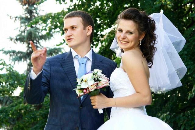 Młode pary mają różne pomysły na to, jak ma wyglądać najważniejszy dzień w ich życiu