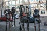 Niezwykłe rzeźby przy Miejskim Centrum Kultury w Bydgoszczy [zdjęcia]