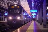 Opóźnienie pociągu? Dowiesz się o tym z maila lub SMS-a. PKP testuje nową usługę powiadamiania pasażerów