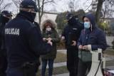 Strajk kobiet w Bełchatowie, 27.11.2020. Policja wylegitymowała protestujących