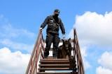 Policja Bielsk Podlaski. Przewodnicy i ich psy ćwiczyli pościgi i konwojowanie [zdjęcia]